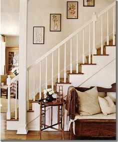 like the simplicity of the frames in the stairway