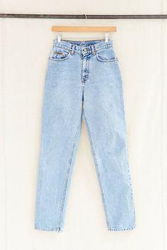 Vintage Light-Wash Calvin Klein Jean - Urban Outfitters