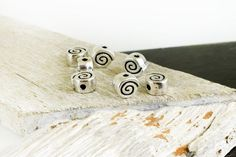 Spiral Beads 10mm, Antique Silver Slider Coil Bead, 2.2mm hole, Swirl Beads, Spiral Pattern Beads, Shell Spacer Beads, Jewelry Making, 4 pcs