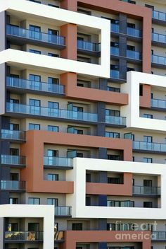 Abstract Photograph - Building Facade by Carlos Caetano Building Exterior, Building Facade, Building Design, Unique Buildings, Amazing Buildings, Facade Architecture, Residential Architecture, Interior Exterior, Exterior Design