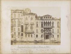 Carlo Ponti | Hotel New York in het Palazzo Ferro in Venetië, Carlo Ponti, in or after 1860 - 1881 | Onderdeel van Topografisch album van Venetië 1881.