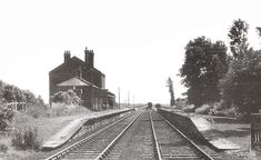 Liverpool Images, Disused Stations, Hill Station, Southport, Railroad Tracks, Abandoned, Left Out, Ruin, Train Tracks
