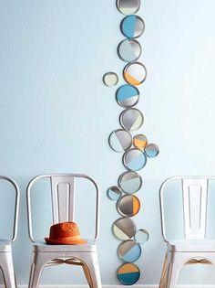 Sehe dir das Foto von Hobby mit dem Titel DIY Wandgestaltung mit Deckeln von Farbeimern und andere inspirierende Bilder auf Spaaz.de an.