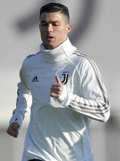 Cristiano Ronaldo: Juventus and Real Madrid transfer question forces Diego Simeone refusal Cristiano Ronaldo Cr7, Cristiano Ronaldo Manchester, Cristino Ronaldo, Cristiano Ronaldo Wallpapers, Ronaldo Football, Ronaldo Memes, Funchal, Real Madrid Transfer, Sport Cars
