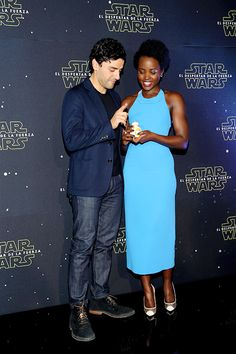 Oscar Isaac and Lupita Nyong'o attend the 'Star Wars: The Force Awakens' Mexico City photo call at St Regis Hotel on December 8, 2015 in Mexico City, Mexico.