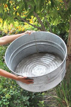 Easy DIY Solar Fountain in 1 Hour! with Pond Water Plants - .- Easy DIY Solar Fountain in 1 Hour! with Pond Water Plants – A Piece Of Rainbow Easy DIY Solar Fountain in 1 Hour! with Pond Water Plants – A Piece Of Rainbow - Solaire Diy, Galvanized Tub, Diy Pond, Solar Water, Water Water, Water Features In The Garden, Garden Types, Diy Solar, Water Plants