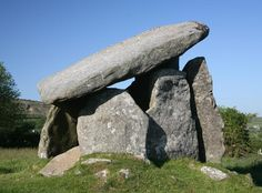 Trethevy Quoit near St Cleer on Bodmin Moor is a well preserved example of a chamber tomb or portal dolmen. The quoit is made up of seven slabs with a huge sloping capstone estimated to weigh 10.5 tons alone Jun 2006
