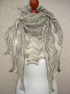 Lace-Tuch in hellem taupe/natur