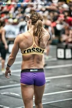 Top 20 Fittest Bodies of Crossfit 2014 (Andrea Ager)