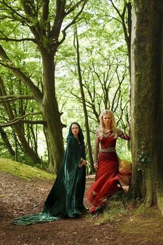 Katie McGrath as Morgana and Emilia Fox as Morgause on Merlin (TV Series, 2010).