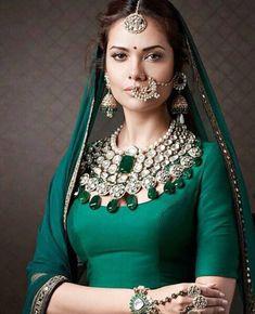 Royal Diamond and Emerald Indian bridal jewelry Indian Wedding Jewelry, Indian Bridal, Indian Jewelry, Bridal Jewelry, Gold Jewelry, Bohemian Jewelry, Resin Jewelry, Turquoise Jewelry, Gemstone Jewelry