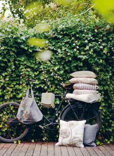love the pillows, the bike, the bag - everything.