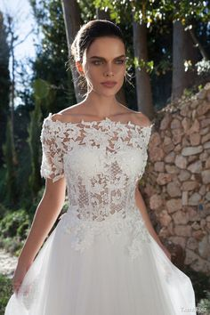 tarik ediz bridal 2015 oltu off shoulder wedding dress half sleeve lace bodice close up