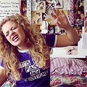 carrie hope fletcher - I have that t-shirt! Carrie Hope Fletcher, Sky Ferreira, Dodie Clark, Chf, Markiplier, Dan And Phil, Les Miserables, Beautiful Moments, Hugs