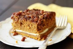 This Pumpkin Cream Cheese Crunch Cake is pretty near perfection! The crunchy pecan streusel topping is what really puts it over the top. Cooking Pumpkin, Pumpkin Recipes, Fall Desserts, Delicious Desserts, Sweet Desserts, Cake Mix Recipes, Dessert Recipes, Momofuku Cake, Spice Cake Mix And Pumpkin