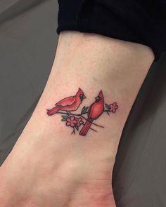 Rip Tattoos For Dad, Mom Daughter Tattoos, Daddy Tattoos, Mother Tattoos, Sweet Tattoos, Cute Small Tattoos, Tattoos For Daughters, Friend Tattoos, Cute Tattoos