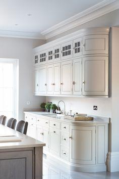Contemporary Open Plan Kitchen, Theydon Bois - Humphrey Munson Kitchens - Beautiful Handmade Kitchens - Spenlow Cabinetry - Scullery / Sink Run / Kitchen Island Seating