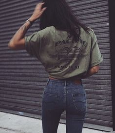 khaki tee and denim | HarperandHarley