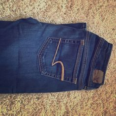 American Eagle jeans Dark wash! Great jeans! Barely worn! Jeans Boot Cut