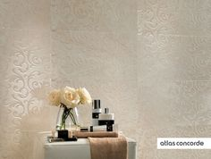 #MARVEL champagne | #Damask | #Wall design | #AtlasConcorde | #Tiles | #Ceramic