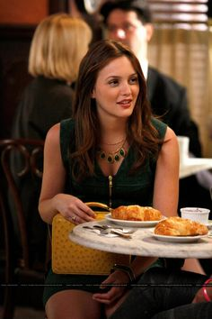 Gossip Girl 3x06 Enough About Eve #GossipGirl #BlairWaldorf #LeightonMeester