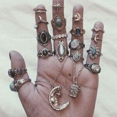 Pinterest ----> //DarkFrozenOcean\\  #rings#tumblr#grunge#jewellery#fingers #hands#bracelets#ring#wear#pretty#nails #gold#silver
