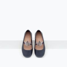 Image 4 of CROWN DETAIL MARY JANES from Zara