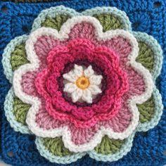 Nilüfer Çiçeği Motifli Bebek Battaniyesi Yapılışı