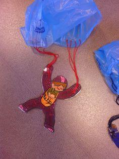 Made by MaZella knutselen school - parachute - speelgoed maken
