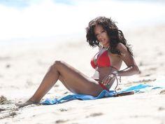 Mel+B+-+wearing+Bright+Red+Bikini+in+Malibu+-15.jpg 1,600×1,200 pixels