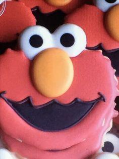 Dolce Elmo Cookies, Sugar Cookies, Sesame Street Cookies, Custom Cookies, Cookie Decorating, Icing, Bakery, Photo And Video, Toronto