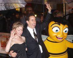 """Renée Zellweger, Jerry Seinfeld, and a lifesize Barry B. Benson appear at the London movie premiere of """"Bee Movie"""", 2007."""