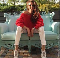 Купить Красный свитер - ярко-красный, однотонный, обьемный, спицами, платочная вязка, присобранный рукав