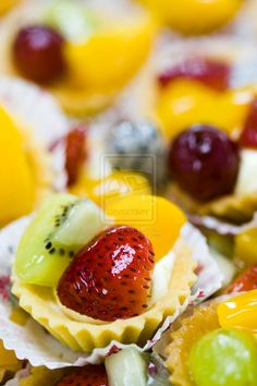 Fruit Tarts on Pinterest | Fruit Tarts, Mini Fruit Tarts and Fresh ...