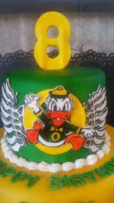 Go Ducks. Wray too Good custom cakes.