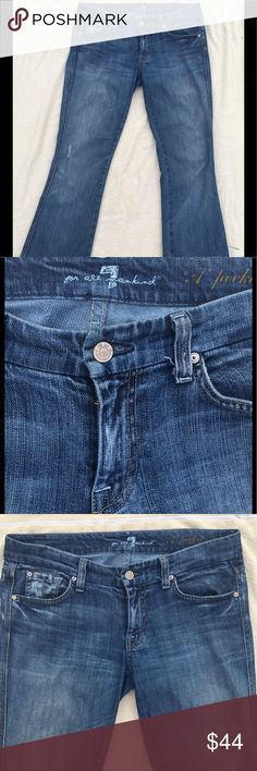 7 For All Mankind Wide Leg Jeans 7 For All Mankind 5 pocket Wide Leg ladies Jeans. 29 inch waist, 33 inch inseam 7 For All Mankind Jeans Flare & Wide Leg