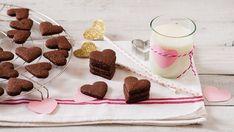 Biscotti di San Valentino al cacao e nocciole