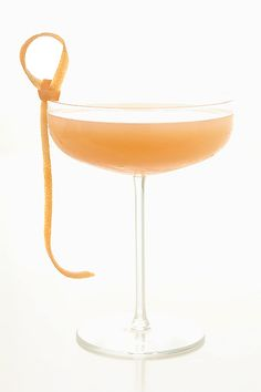 Grapefruit Whiskey Sour: 1 ounce fresh grapefruit juice, 1 ounce sugar, 2 ounces Irish whiskey
