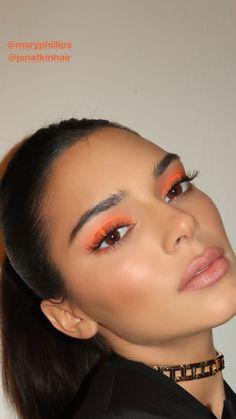 makeup inspo neon eyeshadow neon eyeshadow look orange eyeshadow neon makeup makeup trends beauty trends Makeup Eye Looks, Cute Makeup, Glam Makeup, Pretty Makeup, Skin Makeup, Makeup Inspo, Makeup Inspiration, Beauty Makeup, Makeup Trends