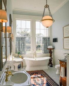 Sweet Home Alabama: A Century Restoration - The Glam Pad Small Bathroom, Master Bathroom, Bathroom Goals, Bathroom Ideas, Clawfoot Tub Bathroom, Bathroom Things, Bathroom Canvas, Bathtub Ideas, Washroom