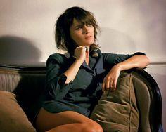 « J'use mes vêtements jusqu'à ce qu'ils soient irréparables. Pourtant, il n'y a pas de surplus dans ma garde-robe. J'achète peu, en choisissant très attentivement chaque pièce. » Marina Hands