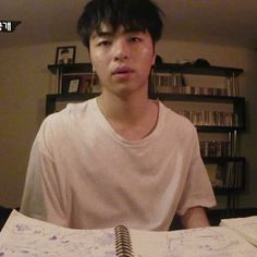 when u studied all night long but u can't even understand the title Ikon Junhoe, Hanbin, Bobby, Ikon Debut, Yg Entertainment, Boyfriend Material, Seoul, Fandom, Kpop