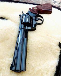 The Best Concealed Carry Guns For Women - Allgunslovers Weapons Guns, Guns And Ammo, Armas Wallpaper, Best Handguns, Colt Python, Gun Vault, Revolver Pistol, Weapon Of Mass Destruction, Cool Guns