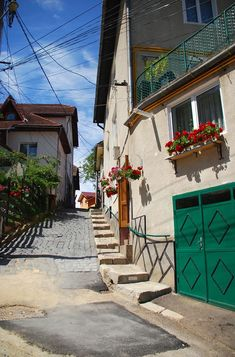 Take a tour of the fascinating Transylvanian cities. Read about the best city breaks in Transylvania and how to get there. Brasov Romania, Visit Romania, King City, Romania Travel, Mountain Resort, Modern City, Old World Charm, Bucharest, City Break