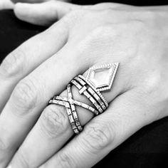 #RING #CLASSIC #BRIDE #TIMELESS #WHITEDIAMOND #SOLITAIRE #MODERN #HANDMADE #WEDDING #BAGUETTERING #BESPOKE #FOREVER #ENGAGEMENT