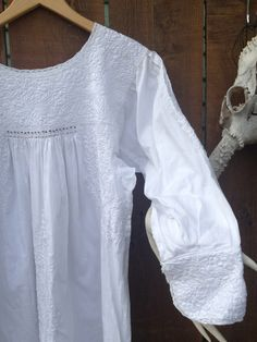 Exquisite Vintage Mexican Dress all in White by ReynasCloset, $50.00