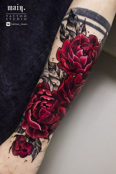 109 Flower Tattoos Designs, Ideas, and Meanings - Piercings Models tattoo designs ideas männer männer ideen old school quotes sketches Trendy Tattoos, New Tattoos, Body Art Tattoos, Small Tattoos, Tattoos For Women, Tatoos, Tattoos Cover Up, Cool Tattoos For Guys, Feminine Tattoos