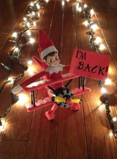 It's almost time for lil' elves everywhere to arrive at their host families. Here are 24 creative Elf on the Shelf ideas to get you to Christmas Eve. Noel Christmas, Christmas Elf, All Things Christmas, Christmas Ideas, Christmas Lights, Christmas Decorations, Christmas Activities, Christmas Traditions, Elf Auf Dem Regal