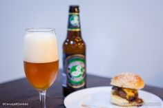 Cerveja Brooklyn Lager, 5,2% alc, beeeem lupulada, top... com Hambúrguer de carne.Foto@Rogerio Volgarine
