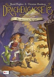 Wer wagt den Blick in den dämonischen Spiegel? Dahinter wartet ein spannendes und abwechslungsreiches Abenteuer auf junge Leser!